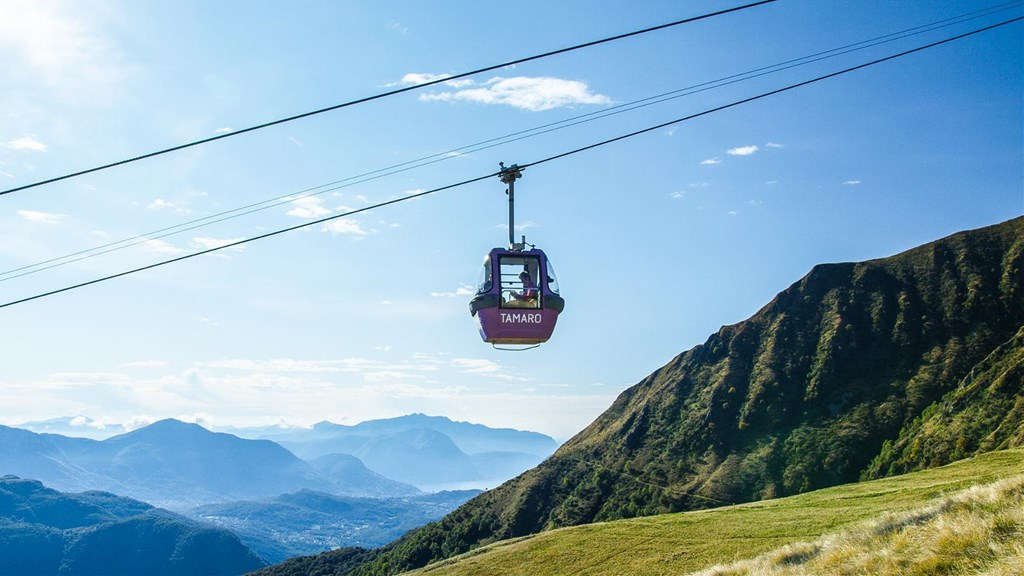 Monte Tamaro, Cable car