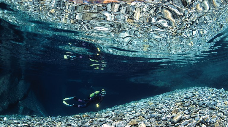 Sport and leisure, Scuba diving in the Region © Ticino Turismo