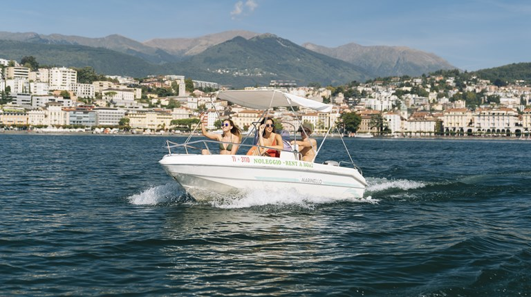 Nautical shipyards, taxi, boat rental on the Lake Lugano
